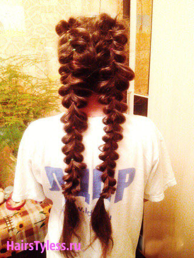 Прически с резинками на средние волосы